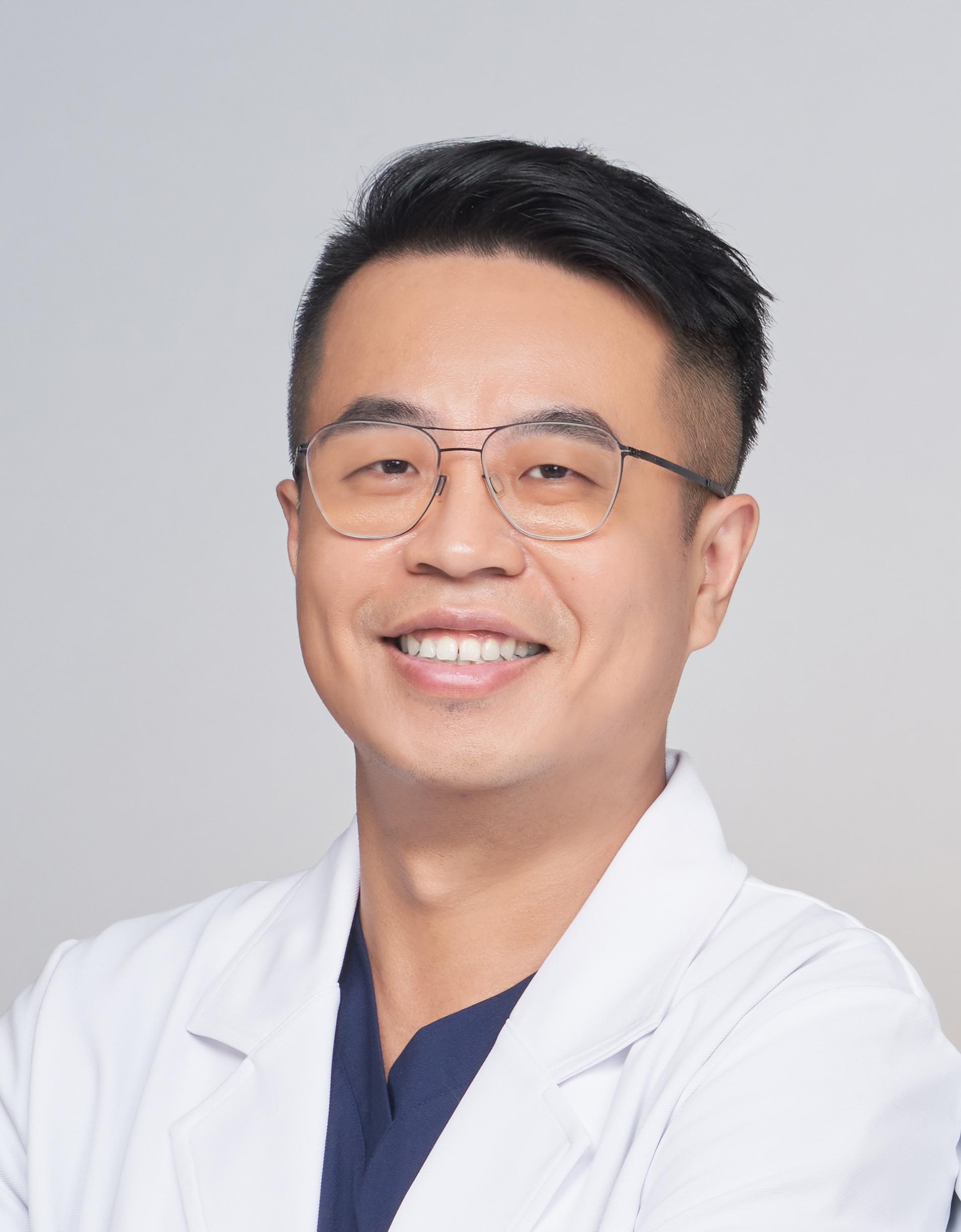 蕭煜倫醫師